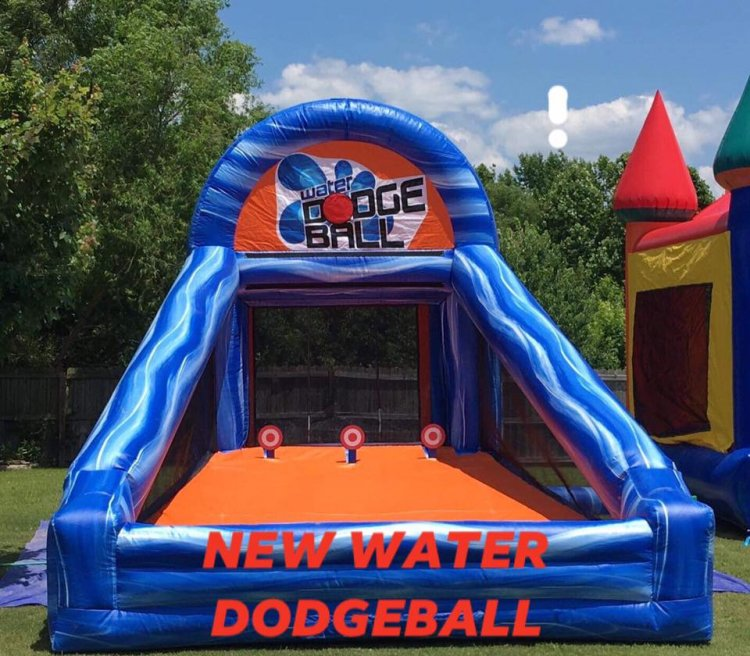Water Dodgeball game